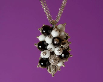 Pendant Necklace, 925 silver, white agate and black onyx. Woman gift idea