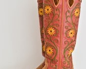 40% OFF/ Black Friday Sale/ Vintage Tan Embroidered Leather Cowgirl Boots/ Boho Boot Size9