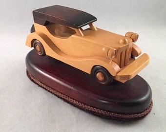 Wood Carved Vintage Car Lint Brush