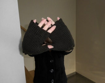 Dark Brown Fingerless Gloves size Small With Thumb Ribbed Edge