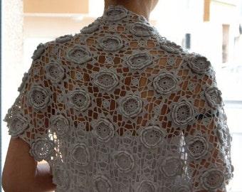 Crochet Motifs//Lace Shawl//Light Gray//Merino//Triangular//Free Shipping//Sale