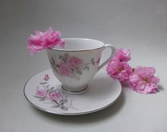 SALE: Vintage Pink Roses Tea Cup and Saucer Set ~ Retro Kitchen Decor ~ Vintage Tea Party ~ High Tea ~ Cottage Chic ~ Farmhouse ~ Cute!
