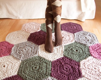 Trapillo rug crochet of hex signs