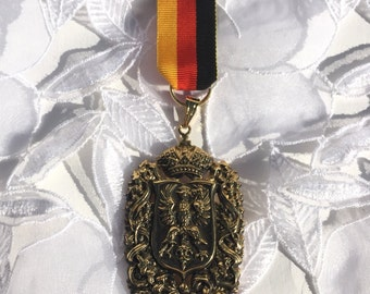 Sovereign Emblem Pin with Ribbon