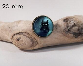 Black kitten pin 20 mm diam. Glass dome on pin
