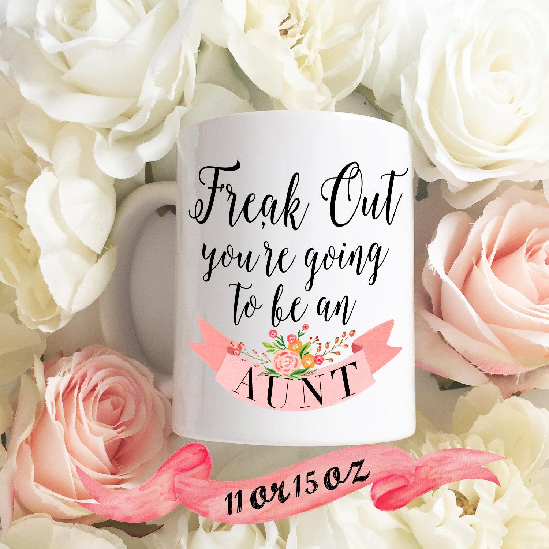 Pregnancy Announcement Coffee Mug / Future Aunt Auntie