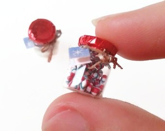 1:12 dollhouse Christmas miniature candy jar / scale one inch dollhouse miniatures / miniature sweets / Christmas dollhouse miniatures