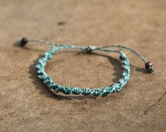 Basic Green Spiral Knot Hemp Bracelet