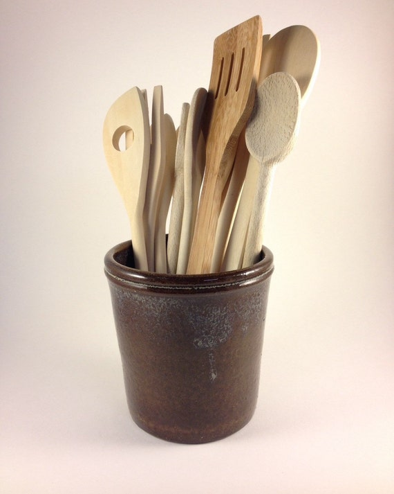 Utensil holder in Rich Brown Glaze