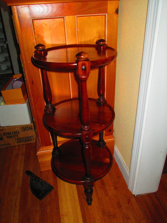 Ethan Allen Vintage Three Tier Table Pie Rack Wooden Furniture
