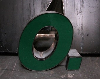 """Salvaged Sign Letters! Metal """"Q"""" with green face."""