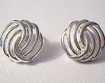 Monet Button Ribbed Clip On Earrings Silver Tone Vintage Swirl Open Thin Layered Ribs Comfort Paddles