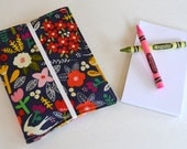 Crayon Wallet . 8 Crayons and Notepad Included . Navy Floral . Birthday Party Favor . Birthday Gift for Girls . Art Journal