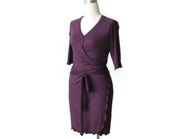 SALE, Wrap Dress, Wrap Dress With Raglan Sleeves, Plum Day Dress, V neck dress, 3/4 Sleeve dress, Wrap dress size Large, Size L, US 12-14