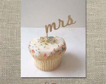 Mrs Cupcake Topper // Party Pick (Set of 12)