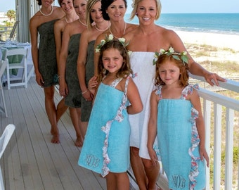 10 Custom Bridal Party Monogrammed Bath Wraps