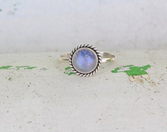Rainbow Moonstone Simple Rope Ring, 925 Sterling Silver Gemstone Ring, Personalized, Twist, Small Ring, Stacking Ring, Womens ring