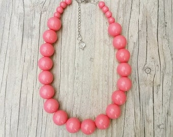 Coral pink necklace,Chunky necklace,Coral pink beaded necklace, Hot pink necklace