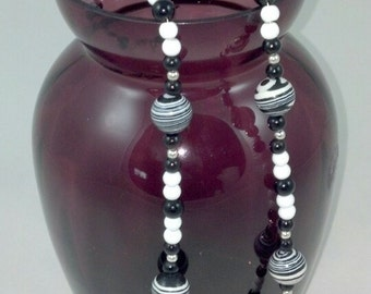 "Handmade 28"" Black and White Beaded Necklace"