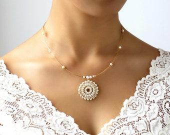 Pearl pendant necklace, Pearl bridal necklace, Pearl wedding necklace, Mandala necklace, Swarovski pearl necklace, Pearl statement necklace