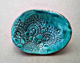 Ceramic Lace Ring Dish malachite green edged in gold