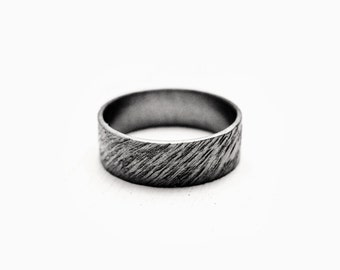 fonce - rippled oxidized ring / promise rings / promise ring set / couple jewelry // couples rings // couples jewelry // anniversary rings