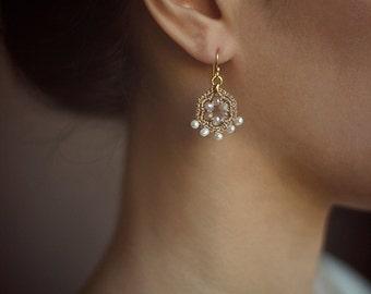GOLD & PEARL DROP earrings / elegant gold bridal earrings / chic handmade jewelry / 14k gold filled