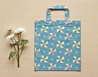 Canvas tote bag - blue / amaranth