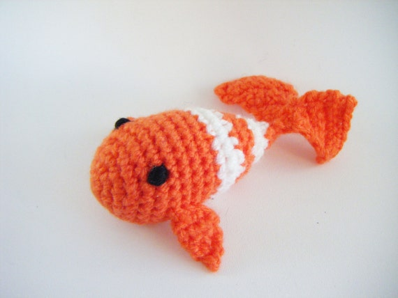 Fish cat toy by mamiemerci on etsy for Fish cat toy