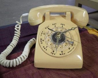 Vintage Rotary Dial Phone Clock