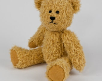 Travel Teds - Handmade, Hand Stitched Collectible Artists Mohair Teddy Bear - Myrtle
