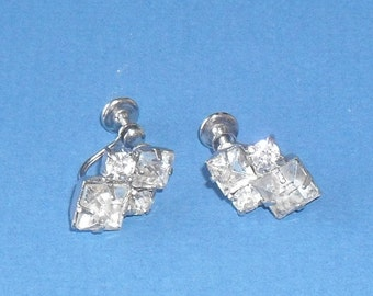 Vintage 1950s white rhinestone earrings