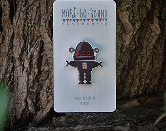 ROBBY THE ROBOT  brooch/magnet  - movie collection - W 3cm H 3.2cm