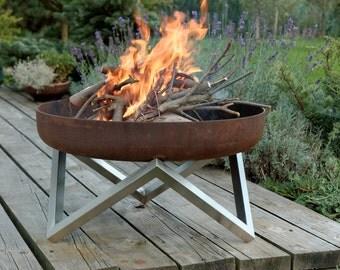 Steel Fire Pit YANARTAS - Contemporary Design