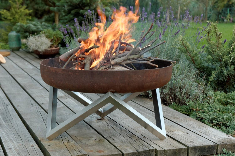 Metal Fire Pit Designs : Steel fire pit yanartas contemporary design by arpestudio