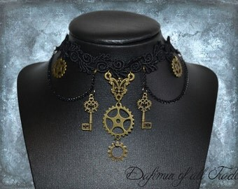 Choaker steampunk gothic Necklace gear key victorian black lace