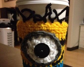 Minion coffee cozy, coffee sleeve, crocheted minion cozy, crocheted coffee cozy, tea cozy, gift idea