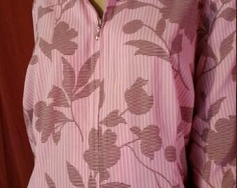 239--Vintage purple with leaf blouse/Pinstripewhite on purple/Covington design/Estimated size large/Zipper in front /