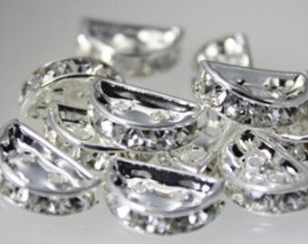 10pcs--Rhinestone Bridge Spacer, Moon (B11-9)