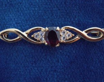 Gold Tone Simulated Garnet / Diamond Pin Brooch