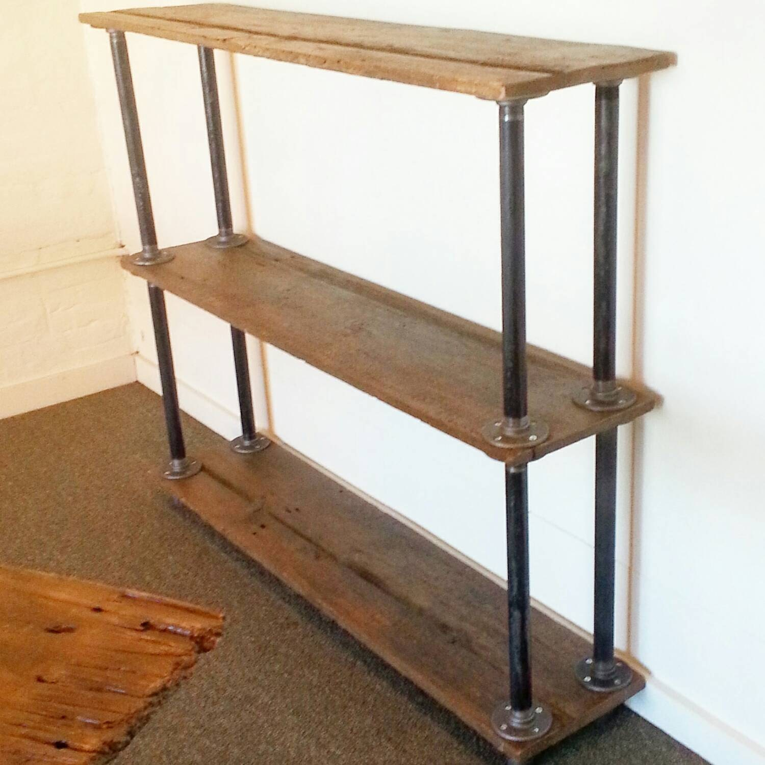 Maine barn wood and metal pipe bookshelf industrial bookcase for Meuble avec bois de grange