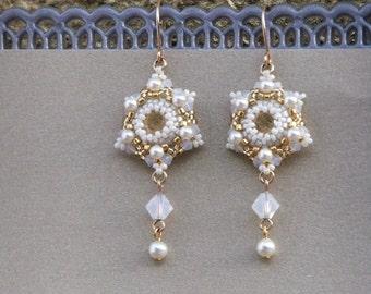 Pearl wedding earrings, Pearl dangle earrings, Gift for women, Pearl bridal earrings, Pearl and crystal earrings, Swarovski pearl earrings