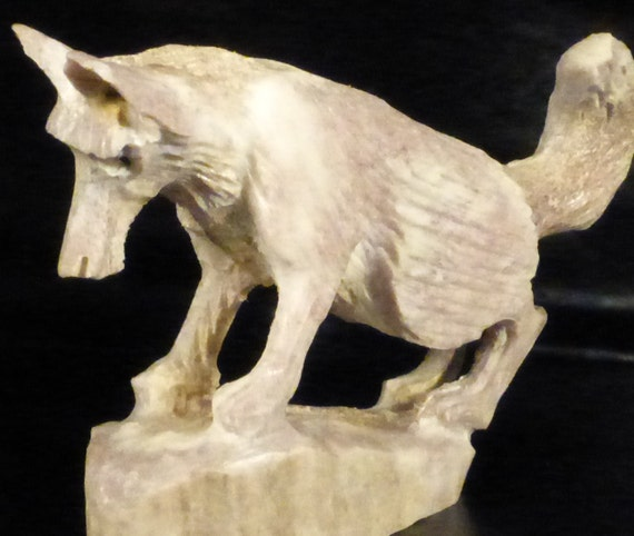White wolf zuni fetish stone carving native by zuniheartline
