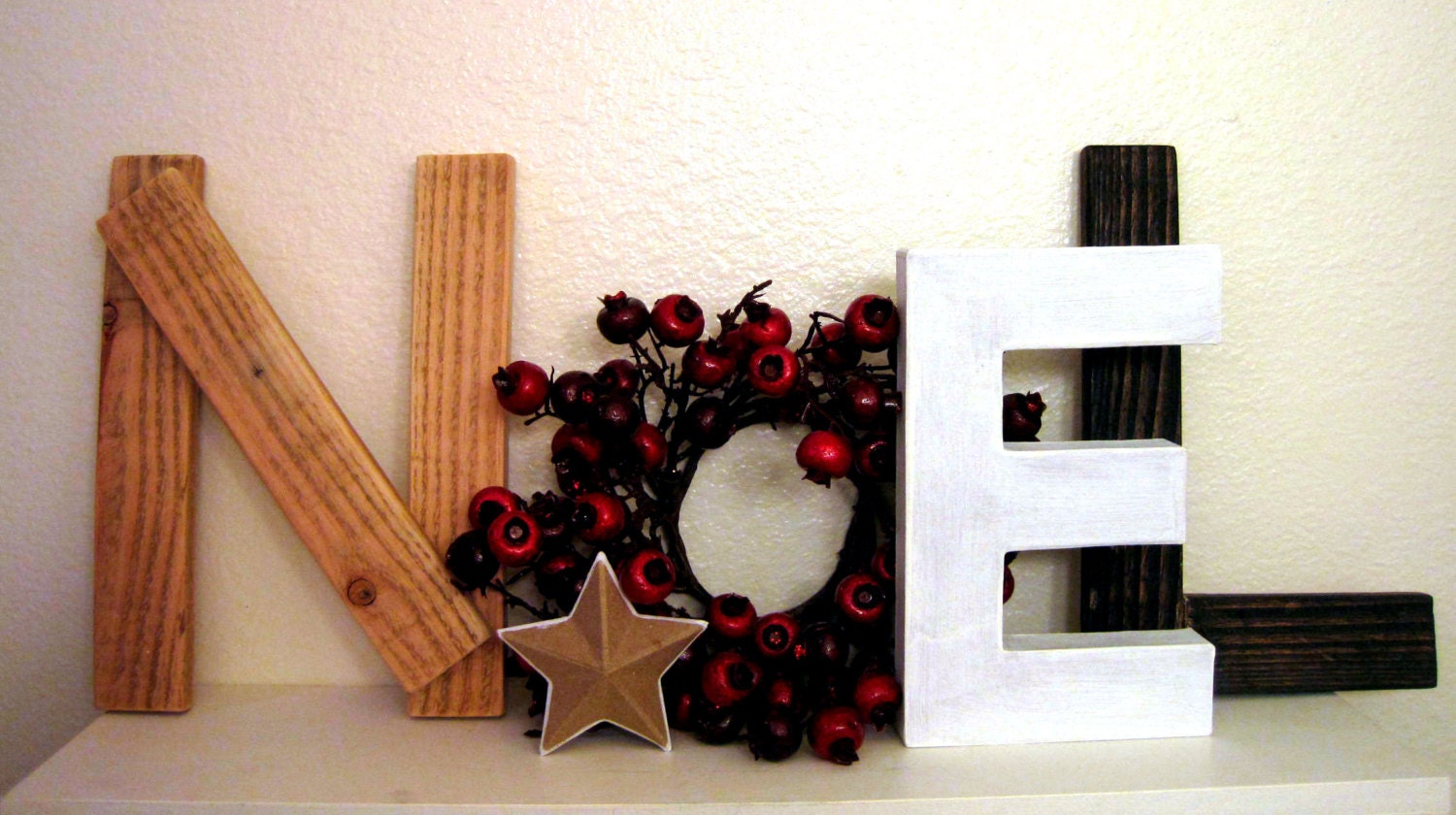 Holiday decor, Noel sign with small star, Pomegranate wreath, 9'' tall, wooden Christmas decoration, Mantle decor, Brown and Red décor