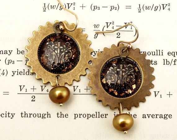 Steampunk Earrings - Steampunk Jewelry, Brass Gear Earrings, Steampunk Gear Earrings
