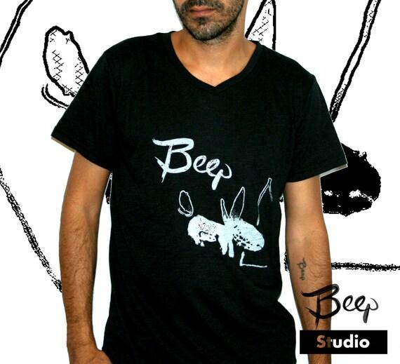 T shirt v neck black tee handmade silk screen print unisex tee for Custom silk screen shirts