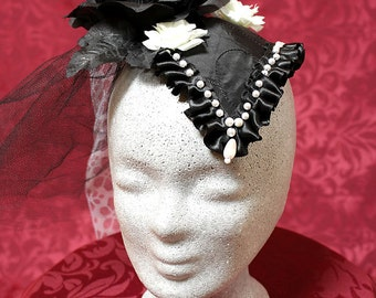 Fashionable Fascinator in black and white