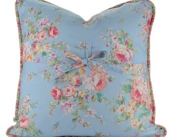 Shabby Chic Decorative Pillow Cover with Piping : Shabby Chic - Cottage Home Decor