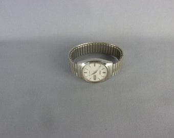 Vintage Phasar Quartz Men's Wrist Watch w/Day & Date