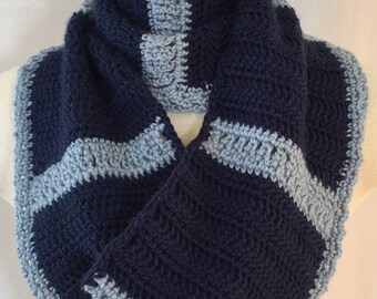 Wagon Wheel Infinity Scarf - Quick, easy and sophisticated crochet pattern